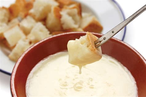 cheese fondue how to serve cheese fondue table talk