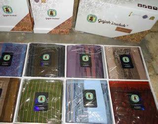 Bingkai Foto Motif Beruang Duduk Limited sarung murah surabaya 085755011417