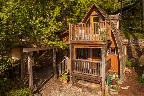 best airbnb cabins how to make a killing on airbnb the future of business