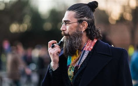 stages of slick to man bun 20 best slicked back hairstyles for men the trend spotter