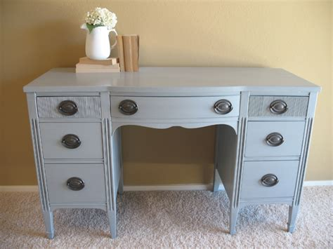 Repainting A Desk by 17 Best Images About Repainting Furniture On
