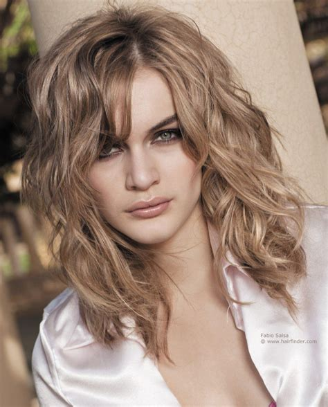 layered beachy medium length haircut long layered haircuts for naturally wavy hair google