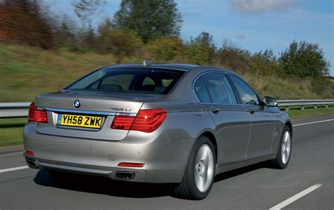 how to work on cars 2009 bmw 7 series interior lighting 2009 bmw 7 series uk details and specs revealed