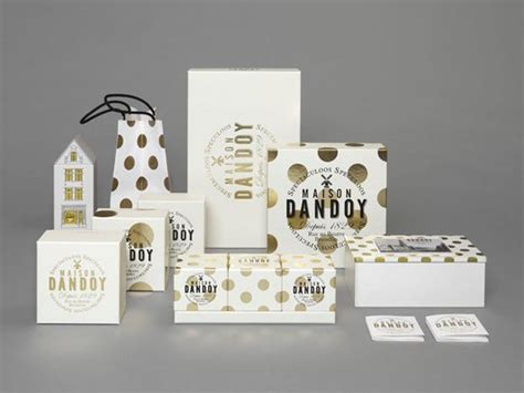 Packing Set Carry 1500cc Futura maison dandoy new identity and package design by base