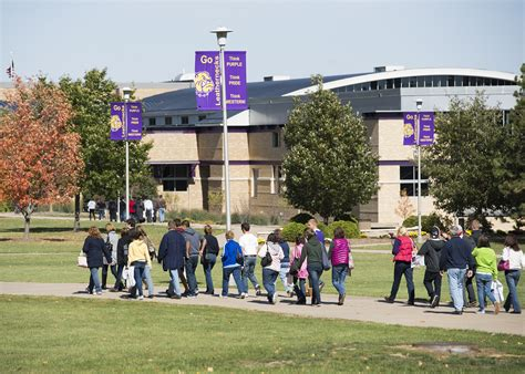 Western Illinois Mba Admission by Wiu Admissions Hosts Events Western Illinois