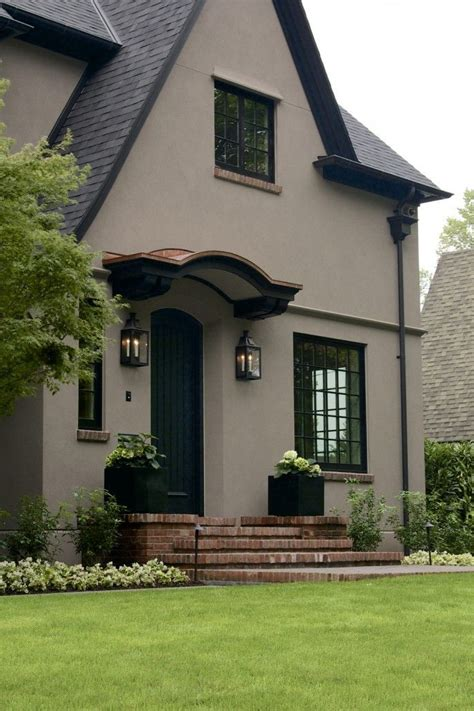 aged stucco grey paint color paint sles corrdinated laurelhurst house front door the body is color benjamin