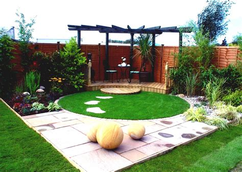 small garden design ideas avivancos cool garden ideas