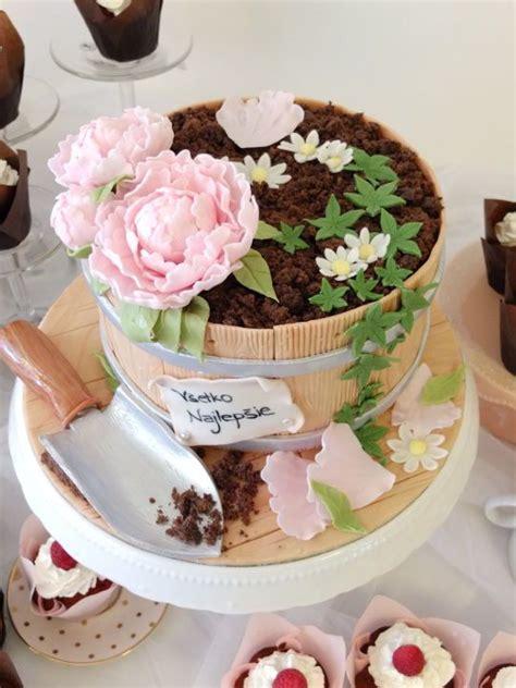 Flower Garden Cake Cakes Pinterest Best 25 Flower Pot Cake Ideas On Pinterest Treats And Flower Pot