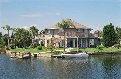 buy a beach house in florida homerun homes homes available florida