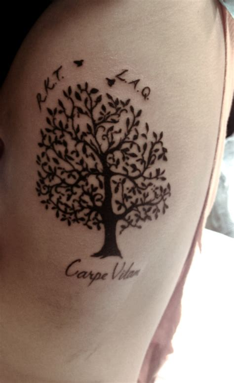 tree of life tattoo meaning loved ones trees and the tree on