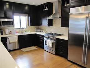 honey onyx backsplash caesarstone buttermilk kitchen contemporary with magic