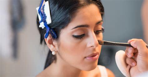 cara membuat wajah menjadi glowing cara memakai make up wajah bronzer dengan tepat kawaii