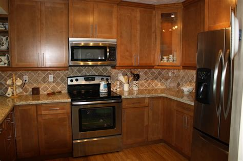 Kitchen Cabinets And Countertops by Kitchen Cabinets And Flooring Combinations Wood Floors