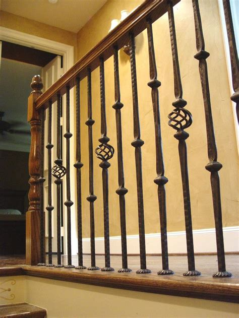 Rod Iron Banister by 25 Best Ideas About Iron Balusters On Iron