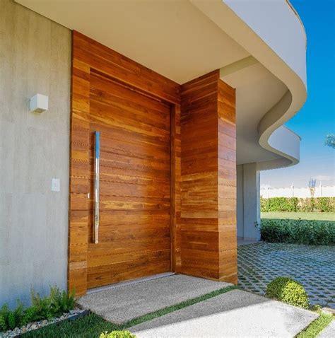porta a porta 25 melhores ideias de portas da frente de madeira no