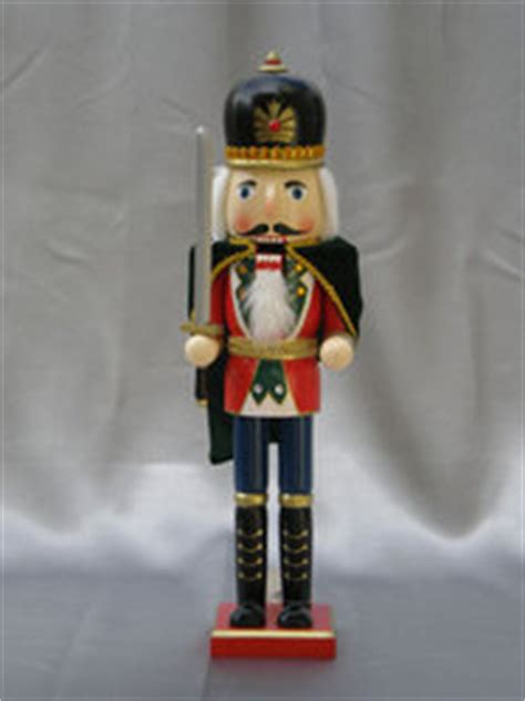 male nutcracker runner nutcrackers