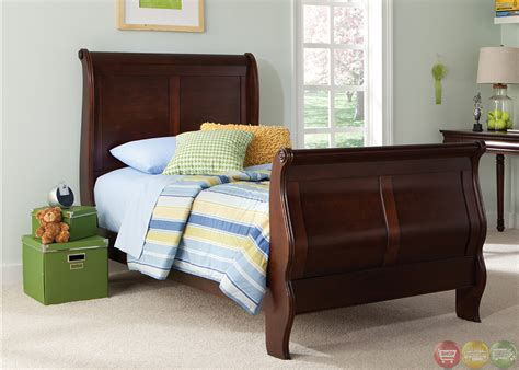 mahogany bedroom furniture sets carriage court mahogany traditional youth sleigh bedroom set