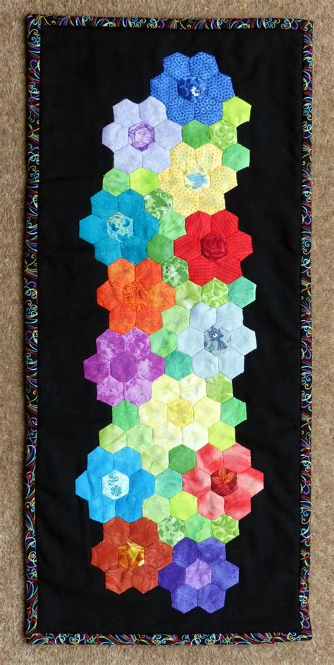 hexagon flower pattern quilt my hexagon flower mini quilt