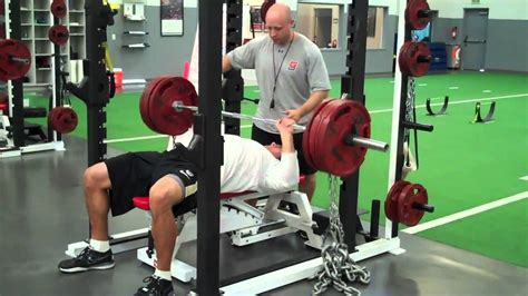 combine bench press weight nfl bench press here are the 12 highest bench press