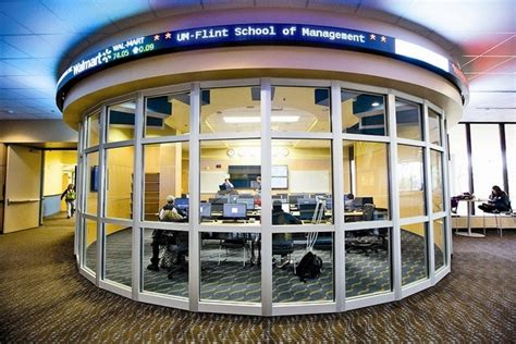 Of Michigan Flint Mba Review by School Of Management Of Michigan Flint