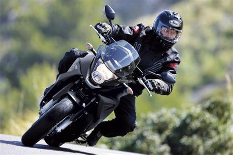 Mit 15 Motorradfahren by Ratgeber Motorradfahrer Oft Im Toten Winkel Magazin