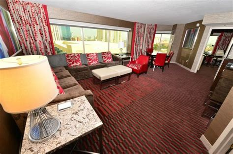 one bedroom suites in las vegas tower one bedroom suite picture of mgm grand hotel and