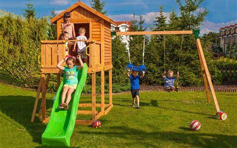 Balancoire Aire De Jeux by Aire De Jeux Avec Balan 231 Oire Et Toboggan Pour Enfants