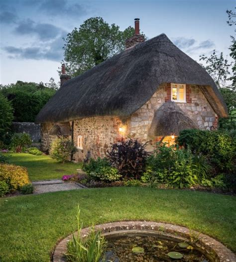 cottage by the 17 best ideas about cottages on cottages and