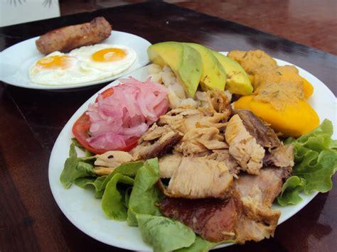 restaurante aguacate comida tipica ecuatoriana tuco