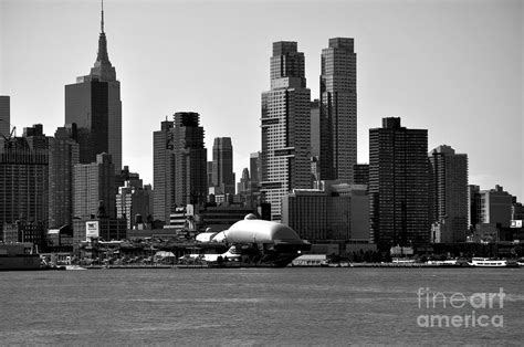 15 new york city skyline pictures black and white pictures city skyline black and white www pixshark com images