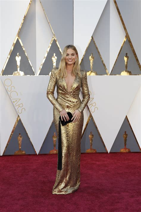 margot robbie best actress oscar best dressed from the 2016 oscars red carpet oscars