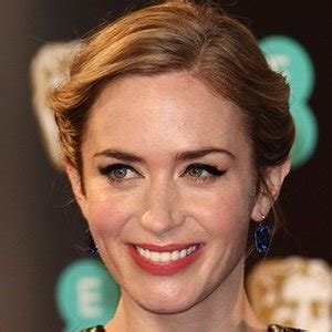 english actress named emily emily blunt bio facts family famous birthdays