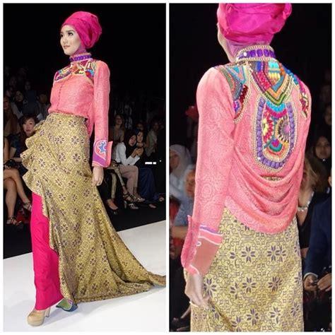 Kebaya Pelangi 01 1000 images about dian pelangi formal dress on fashion weeks fashion designers and
