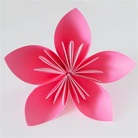 Folded Paper Flower - how to make origami flowers a bigger