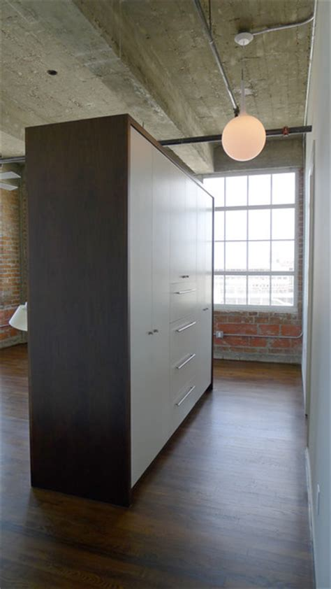 houston loft wardrobe