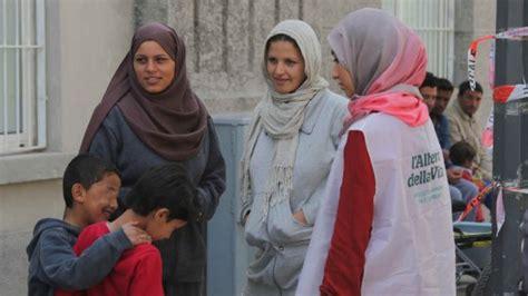 prefettura di pavia indirizzo profughi a rifugiati nei centri sfratto per