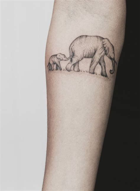 baby elephant tattoo designs 25 best ideas about baby elephant on