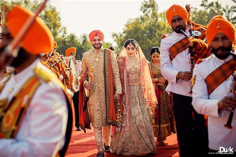 Sikh Wedding Photography by Spectacular Sikh Wedding Photography That Capture