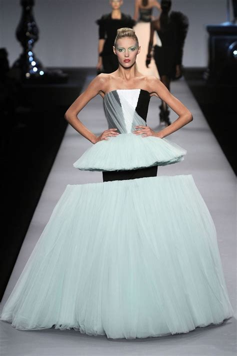 7 Extremely Cool Clothes I From Couture by 36 Best Images About Victor Rolf On Runway