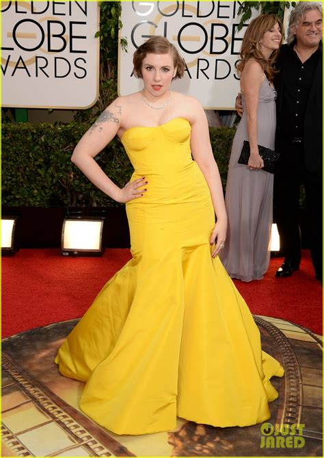 lena dunham red carpet lena dunham golden globes 2014 red carpet photo 3029140