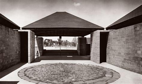House Plan With Courtyard by Louis Khan S Bath House Architecture Agenda Phaidon