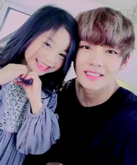 kim taehyung y sus hermanos cutie v and a little girl k pop amino