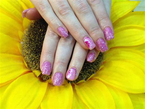 nail art glitter dust tutorial gel nails with pink glitter dust pink crystal polish with