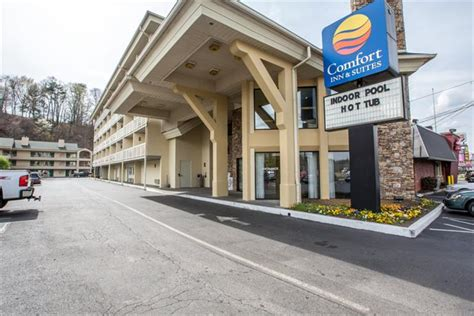 comfort inn suites at dollywood lane pigeon forge tn comfort inn suites at dollywood lane 3712 parkway