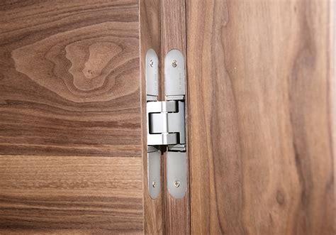 single  double hinged doors deuren