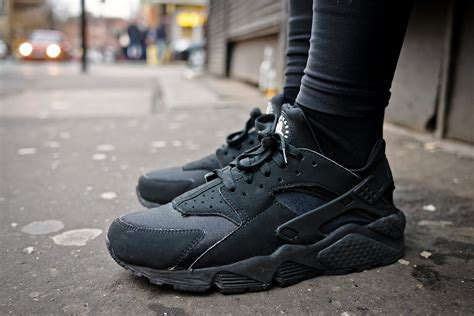Nike Huarache nike air huarache black the sole supplier