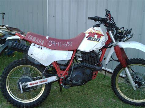 Junkyard Dogs: 1989 Yamaha XT600!   Motopsyco's Asylum