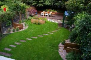 Simple Backyard Landscape Ideas Simple Backyard Landscaping Ideas On A Budget Home Design Ideas
