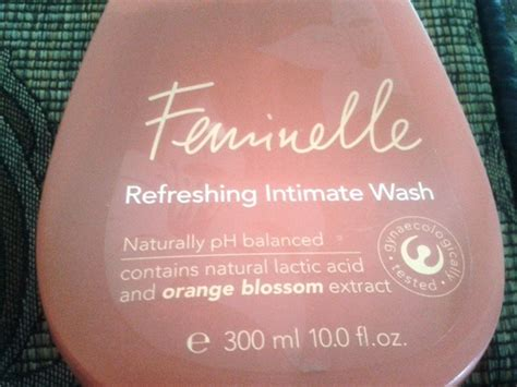 Feminelle Mild Intimate Wash oriflame feminelle refreshing intimate wash review oriflame