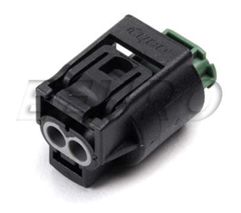 volvo electrical connectors 9441561 genuine volvo electrical connector housing 2